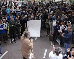 Occupy_Wall_Street_Crowd_2011_Shankbone.JPG