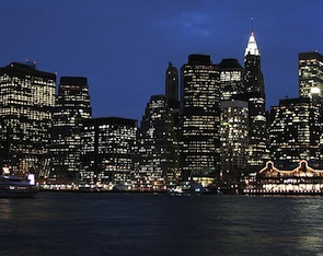 Lower_Manhattan_by_night