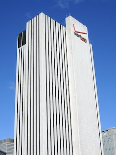 Verizon_Building