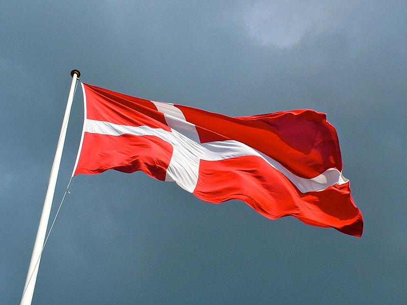 800px-Dannebrog Danish Flag Denmark