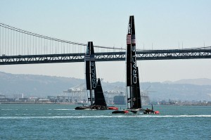800px-AC_72_Team_Oracle_boats_photo_D_Ramey_Logan