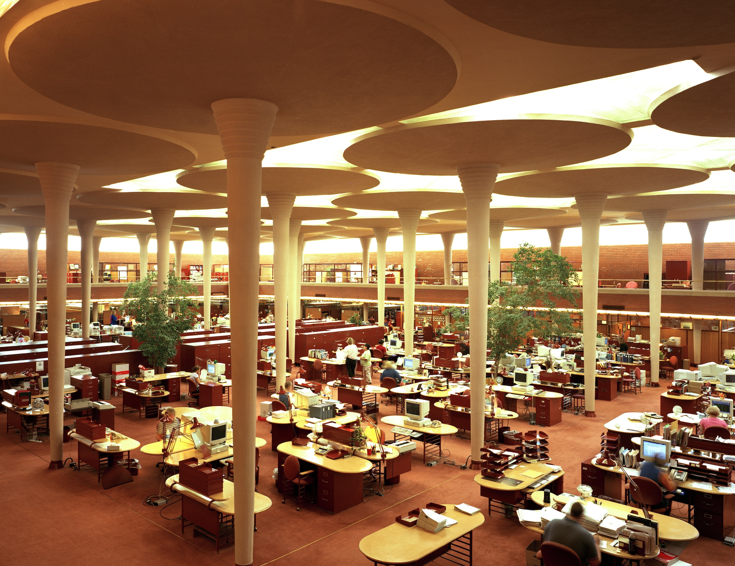 Architecture - Great Workroom of the Johnson Wax Headquarters, Racine, WI